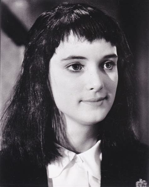 lydia deetz hairstyle 17 best images about beetlejuice lydia deetz on pinterest