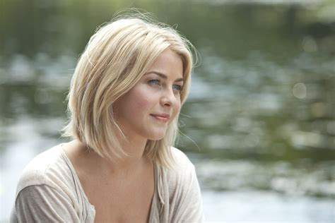 Julianne Hough Hairstyle In Safe Haven | artful expression natural beauty safe haven