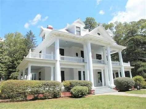 Southern Plantation Style Homes by Southern Plantation Home Styles Southern Pinterest