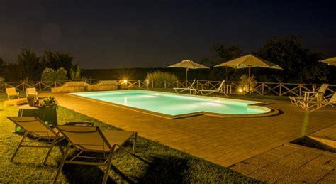 agriturismo vasca idromassaggio in camere con idromassaggio piscina esterna e ristorante
