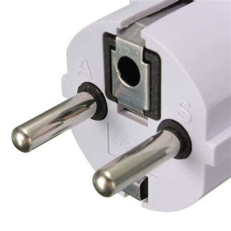 Hv9085 Universal Eu 2 Adapter To 3 Pin Pl Kode Bis9139 1 universal us uk au to eu ac power adapter 2 pin travel