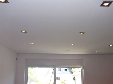spots in der decke licht aus spot an umbau beleuchtung decke elektrik