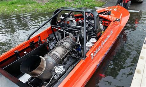 jet boat engine swap 2016 world chion jet boat racer chad burns riderswest