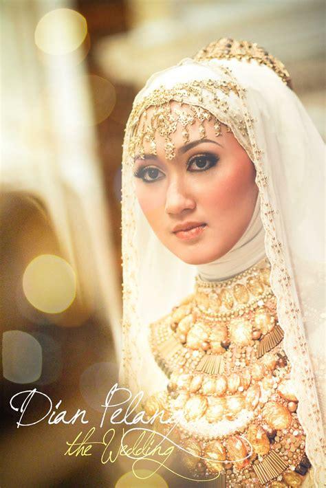 by dian pelangi wedding dress hijab styles hijab pictures abaya hijab store fashion