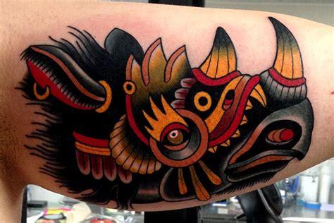 new school rhino tattoo tatuaje brazo old school rinoceronte por montalvo tattoos