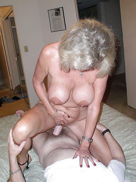 Amateur Homemade Granny Matures Naked Wifes Mom Older