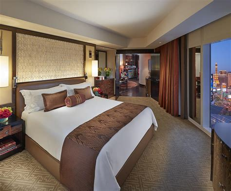 5 bedroom suites in las vegas luxury hotels las vegas the strip mandarin oriental