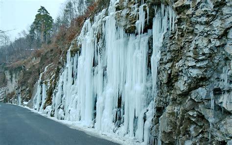 frozen waterfall wallpaper frozen waterfall in liechtenstein desktop wallpapers 1680x1050