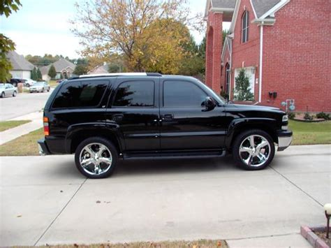 2k2blkandchrm 2002 chevrolet tahoe specs photos modification info at cardomain 2k2blkandchrm 2002 chevrolet tahoe specs photos modification info at cardomain
