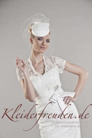 Kurzes Brautkleid Spitze Mit ärmeln by Kleiderfreuden Brautmode Bestellen