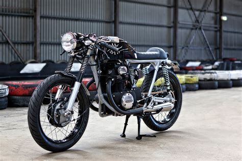 the smallest four honda cb350f classic japanese the black a stealthy honda cb350 from australia