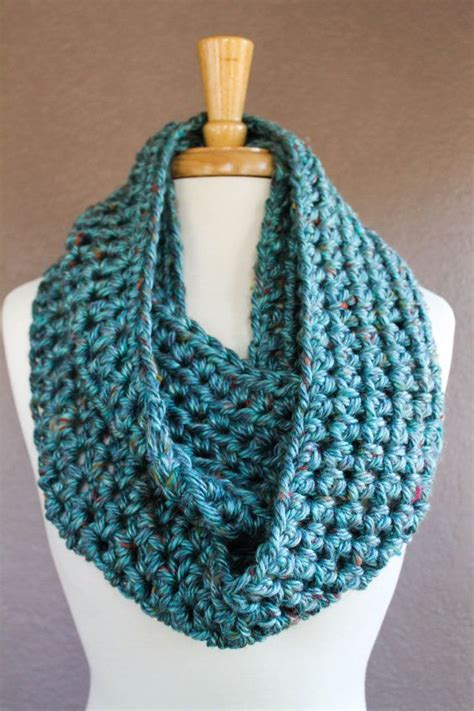 crochet infinity scarf free pattern best 20 chunky infinity scarves ideas on