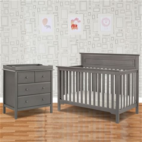 convertible crib and dresser set davinci 2 nursery set autumn 4 in 1 convertible