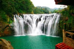 Waterfalls In World S 25 Most Amazing Waterfalls Pictures