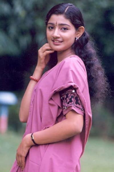 kerala actress divya unni divya unni malayalam cinema actress photos