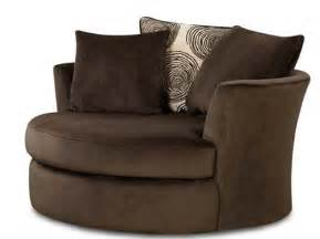 Leather Swivel Chairs For Living Room by Swivel Leather Chairs Living Room Ktrdecor