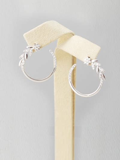 Kalung Murah Korea Chain Metal Leaf Silver south korean earring circle of leaves sterling silver and czs resa royale