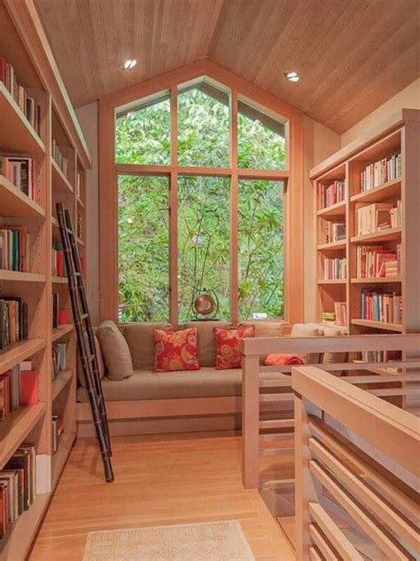 40 ideas of how to organize a library at home