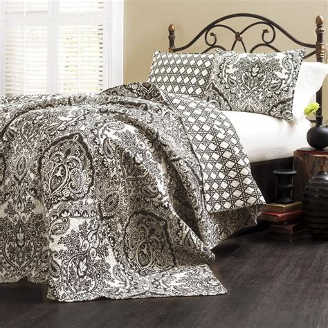 Black King Size Quilt 3 Quilt Set Damask Paisley Pattern Black And White