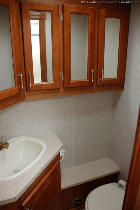 Rv With Bathroom by Rv Bathroom Features To Look For In Your Next Rv