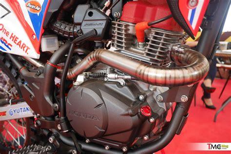 Lu Tembak Motor Verza berikut ini perkiraan beberapa detail honda crf150l lumayan dibedakan dari verza bro