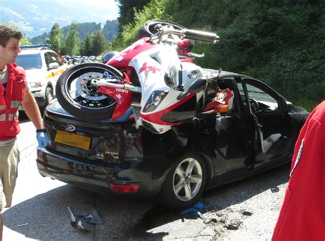 Unfall Motorrad Tirol by Achenseestra 223 E T 246 Dlicher Motorradunfall Tirol Orf At