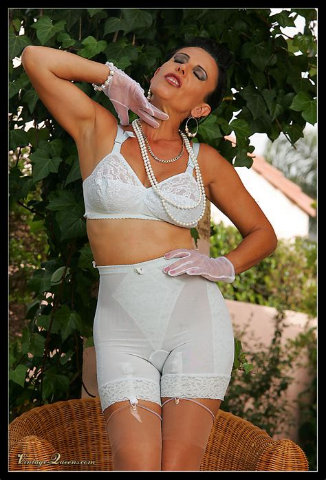 retro glamour girdle queens vintagequeens the seamed nylons stilettos leg corset and
