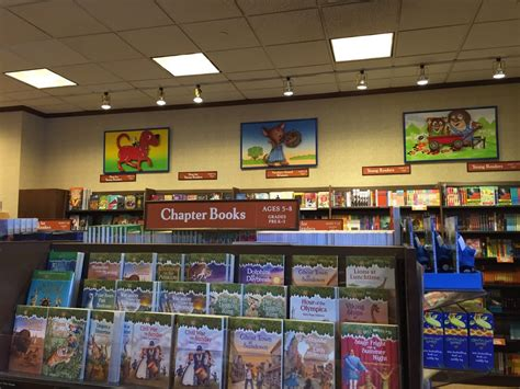 Barnes Singapore Barnes Amp Noble Booksellers 13 Photos Amp 53 Reviews