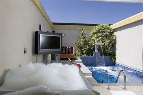 hotel con piscina privada en la habitacion hoteles con jacuzzi privado en la habitacion en madrid
