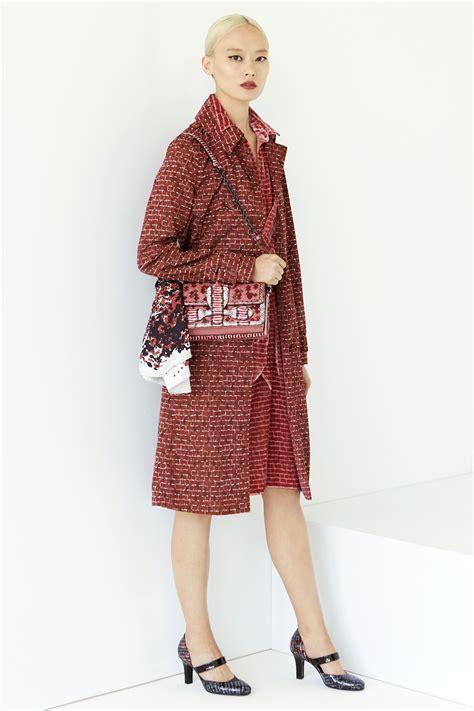 Clutch Bottega Line Brown bottega veneta resort 2017 bag collection spotted fashion