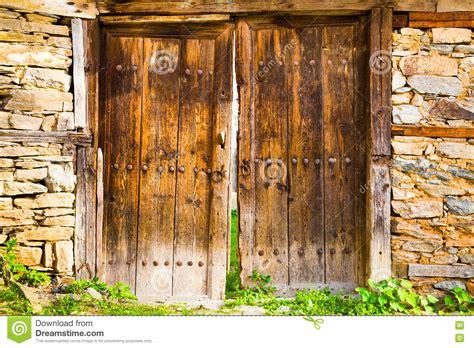 wooden barn doors rustic wooden barn doors stock photo image
