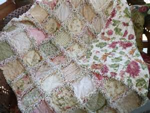 shabby chic quilts shabby chic roses quilt country decorating quilts