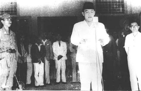 biography soekarno dalam bahasa indonesia biografi presiden soekarno biografi tokoh