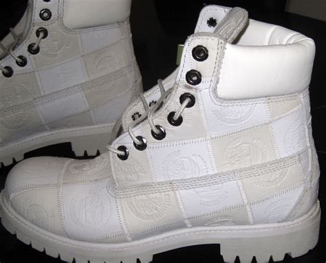 mens white boots for sale mens timberland shoes white waterproof boots size 7 1 2 m