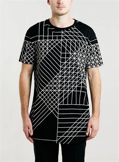black geo print longer length t shirt printed t shirts s t shirts vests clothing