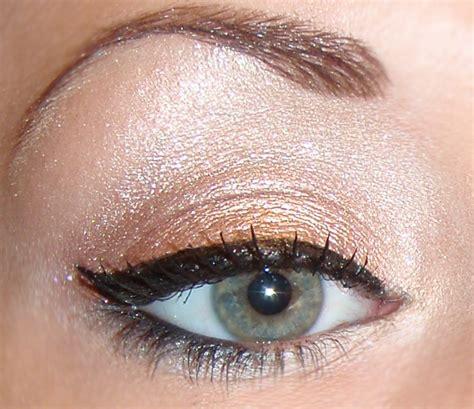 N H2o Proof Liquid Eyeliner E879 Blue sandras make up blogg summer paradise tutorial