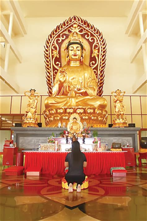 Gelas Puja Sembhayang Dewa Budha Fo belajar agama buddha ritual dan praktek mahayana