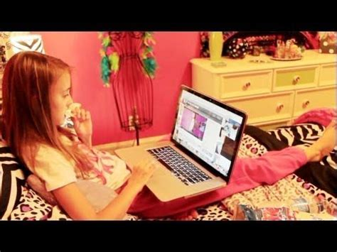 kaelyn room tour yay bedtime now you get rest but beware of the morning time kaelyn look to see what