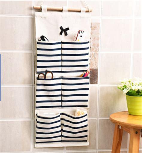 Rak Kosmetik Gantung Unik pouch gantung salur 6 sekat rak dekorasi unik serbaguna