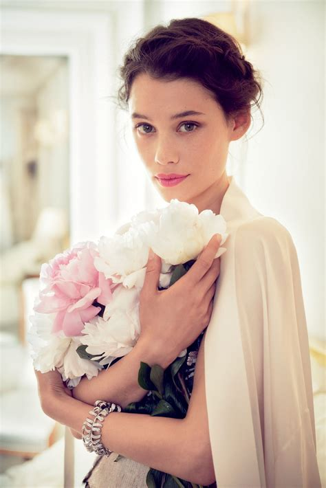 àstrid bergès frisbey partner actress 192 strid berg 232 s frisbey on her beauty secrets and