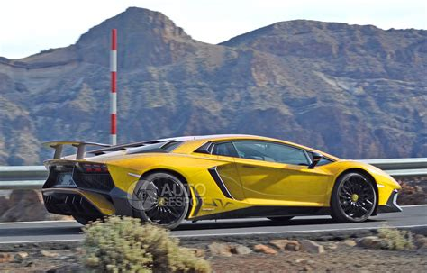 best lamborghini aventador what s the best colour for the lamborghini aventador sv
