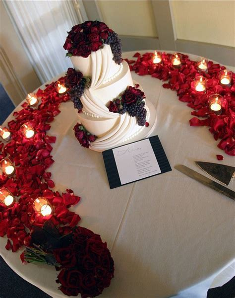 Best 25  Rose wedding cakes ideas on Pinterest