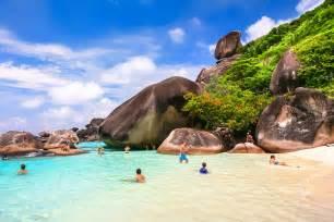 Small Bungalow House similan islands snorkelling tour phang nga tour reviews