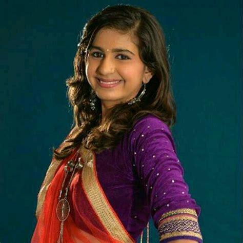 whatsapp status   gujarati singer kinjal dave