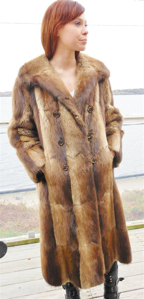 Sho Muskrat Review muskrat fur coat jacket stroller vintage canadian m l reduced