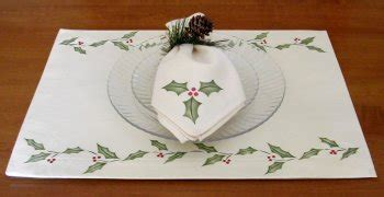 craft project christmas holly placemats  napkins