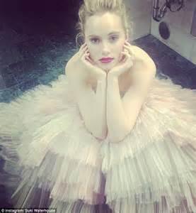 Dress Suki 11 D suki waterhouse turns heads in frilly pink dress at met gala 2014 daily mail