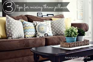 Throw Pillows For Brown Sofa Mixing Throw Pillows House By Hoff