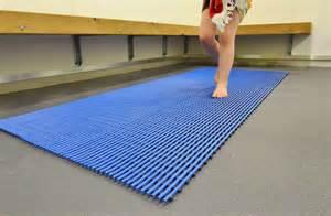 Pool Bathroom Floor Mats Swimming Pool Floor Mats Gurus Floor