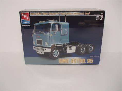new truck models vintage amt truck model gmc astro 95 1 25th new still